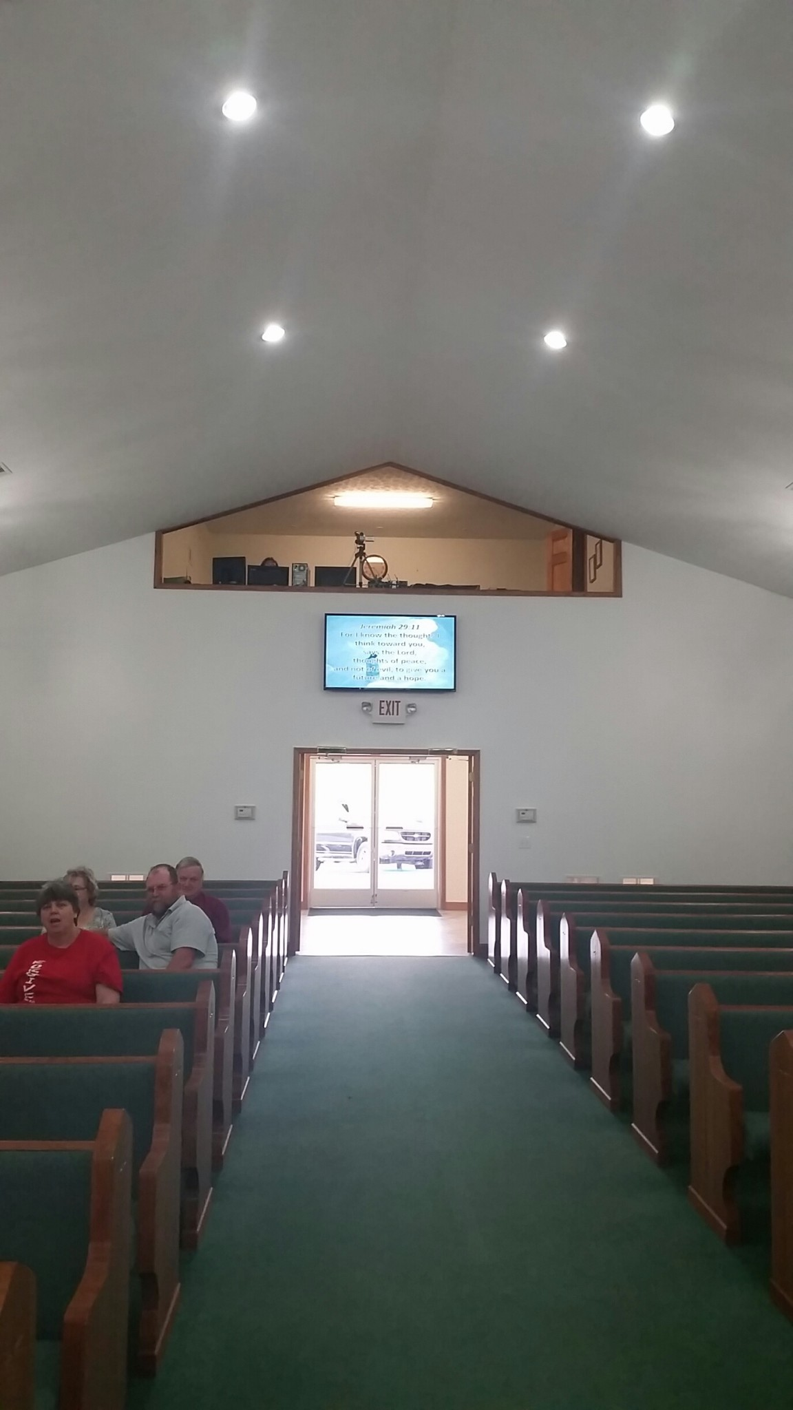 Hurricane Chapel Freewill Baptist - McEwen, TN